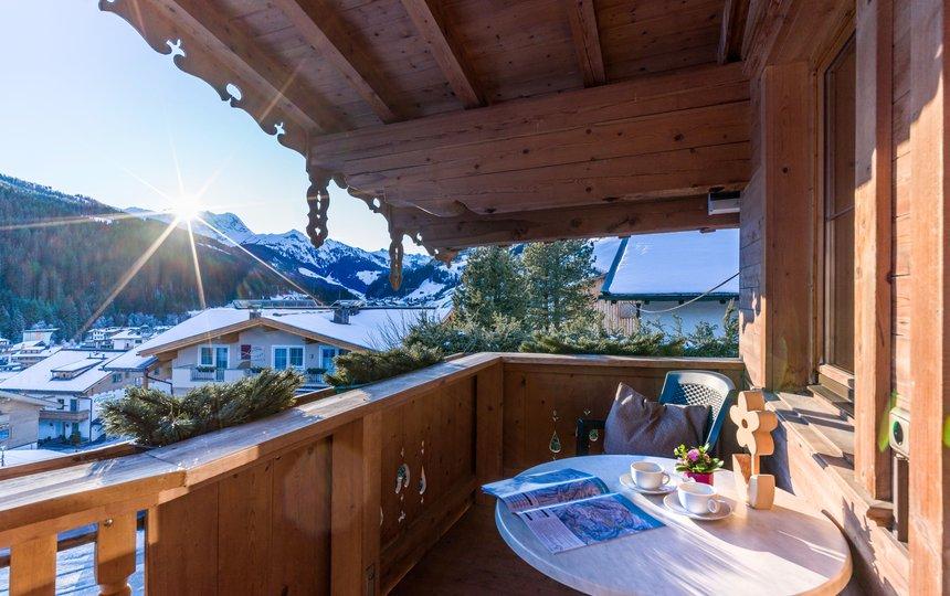 Balkon mit herrlichem Panorama App. Typ 2 - Landhaus Casper ©Hannes Dabernig Fotografie