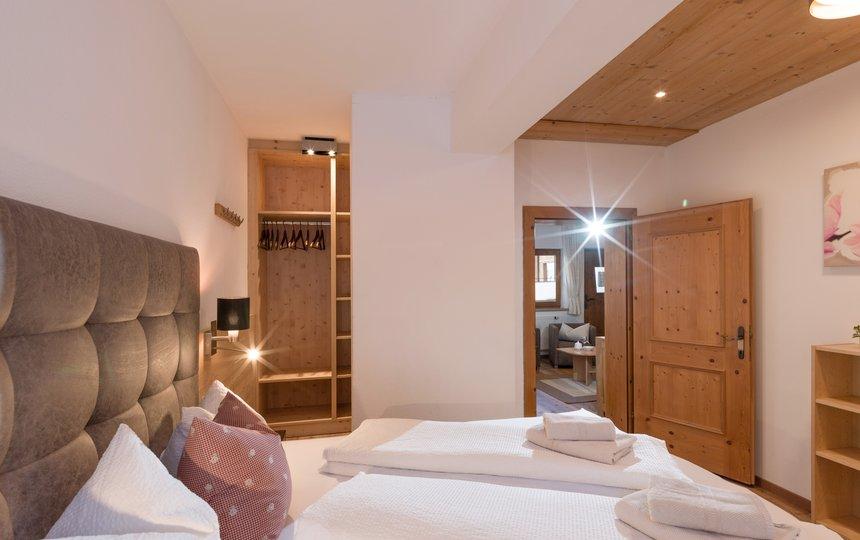 helles Schlafzimmer App. Typ 2 - Kalle's Appartements ©Hannes Darbernig Fotografie